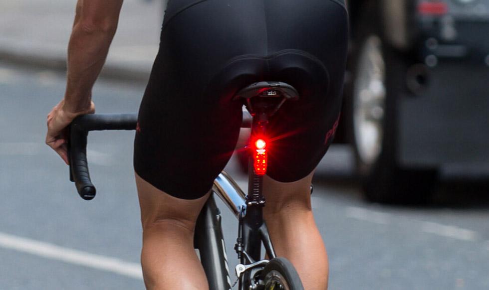 La importancia de la iluminación en la bicicleta